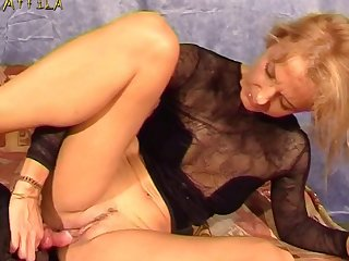 Dripping Animal Porn Scene With Isabella Lui By All Internal