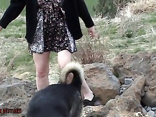 Double Animal Porn For The Wife By The Waiter And Husband zoo xxx